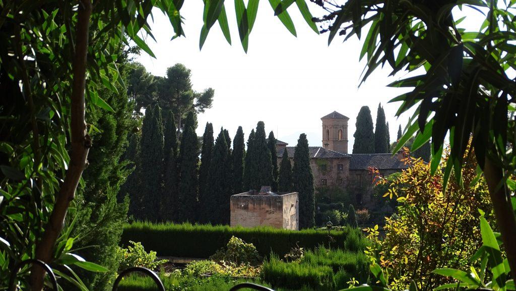 Vistas de la Alhambra desded el Paseo de las Adelfas en el Generalife